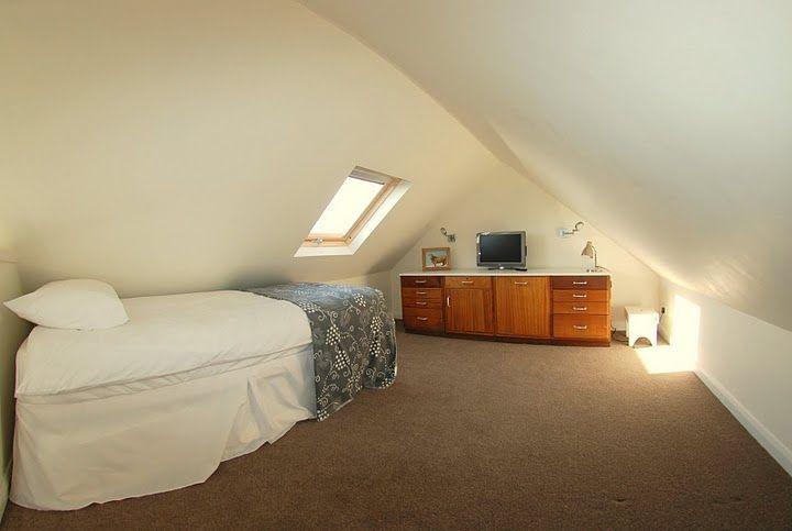 2-bed-sleeping-loft