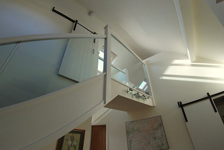hall-and-stair-to-loft